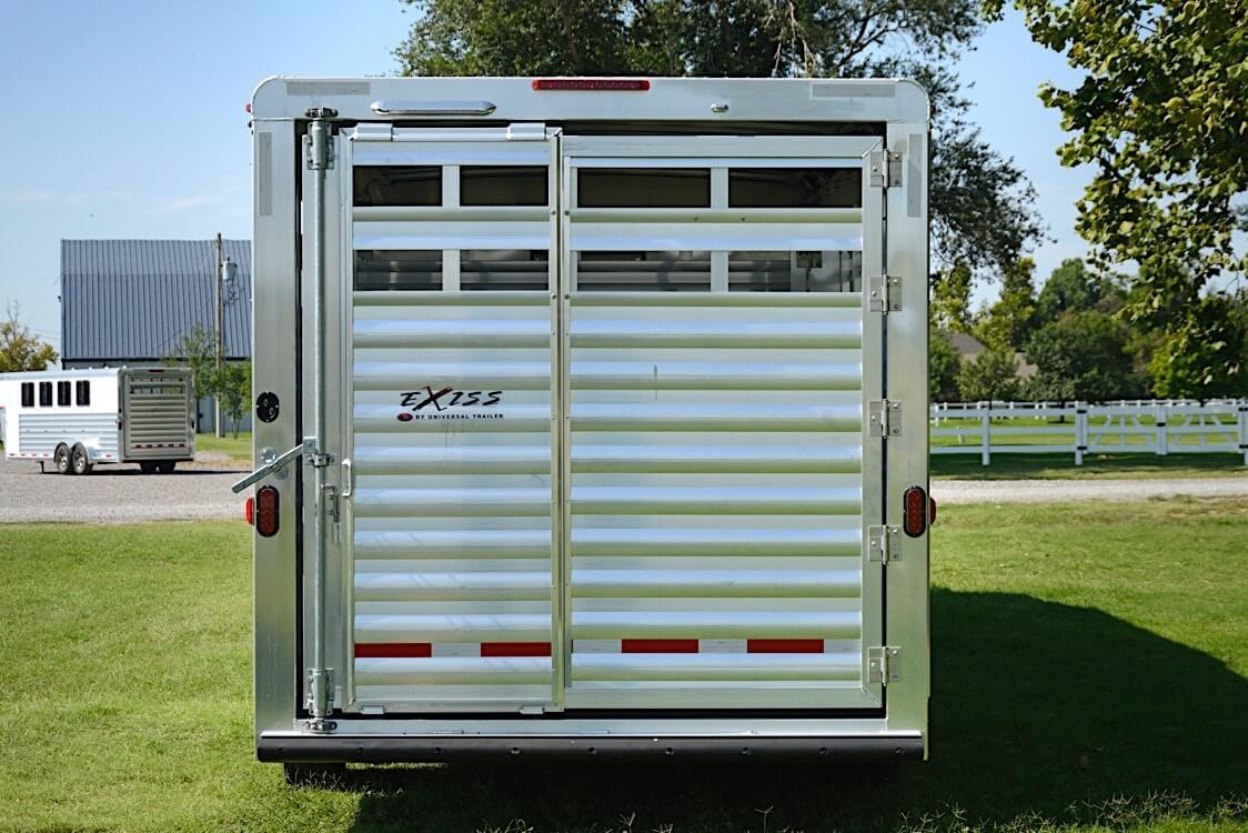 Living Quarters Horse Trailers Stc 8030 8032 Lq